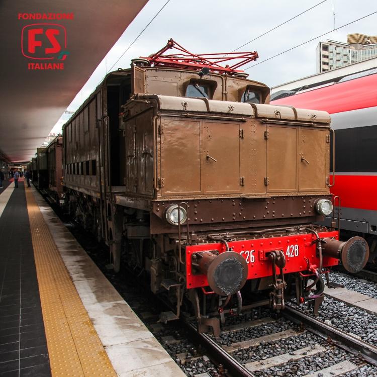 treno_storico_reggia_express
