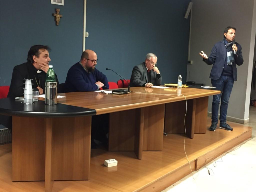 da sinistra: Georgios Antonopoulos (archimandrita ortodosso), Michele Giustiniano (teologo ecumenista e giornalista), Antonio Squitieri (pastore protestante), Giuseppe Falanga (teologo, docente universitario)